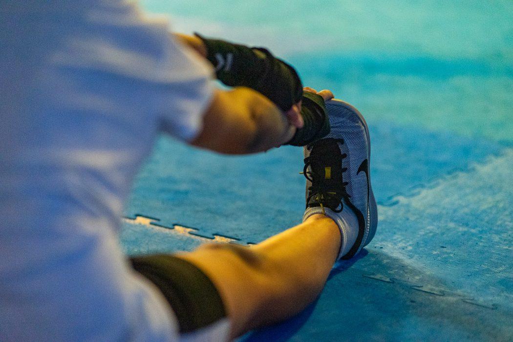 leg stretch sports